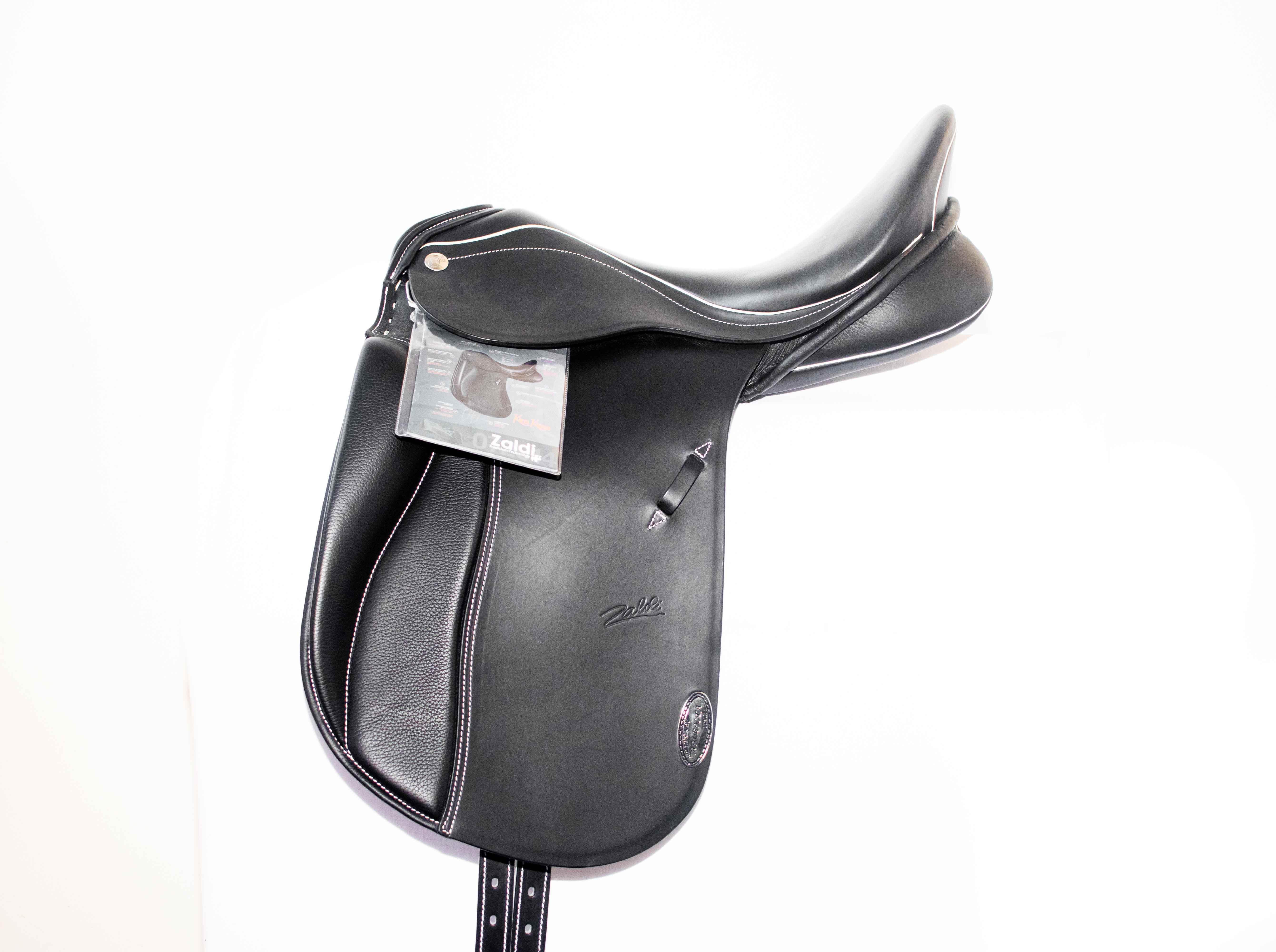 Dressage saddle New Kent