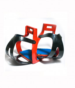 Colored stirrups with cage